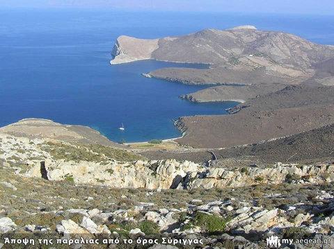 Άποψη της παραλίας από το όρος Σύριγγας