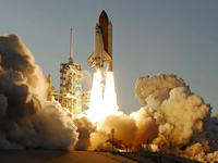 space-shuttle-atlantis-launch