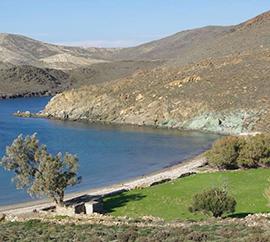 Παραλία Λίας στη Σύρο